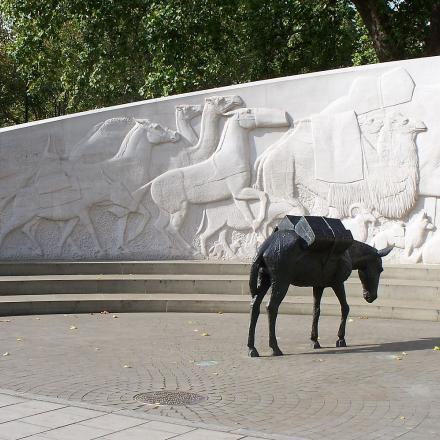 Foto: Animals in War memorial, London ©CC BY-SA 3.0